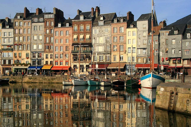 Chambres d 39 hotes honfleur for Chambre d hotel normandie